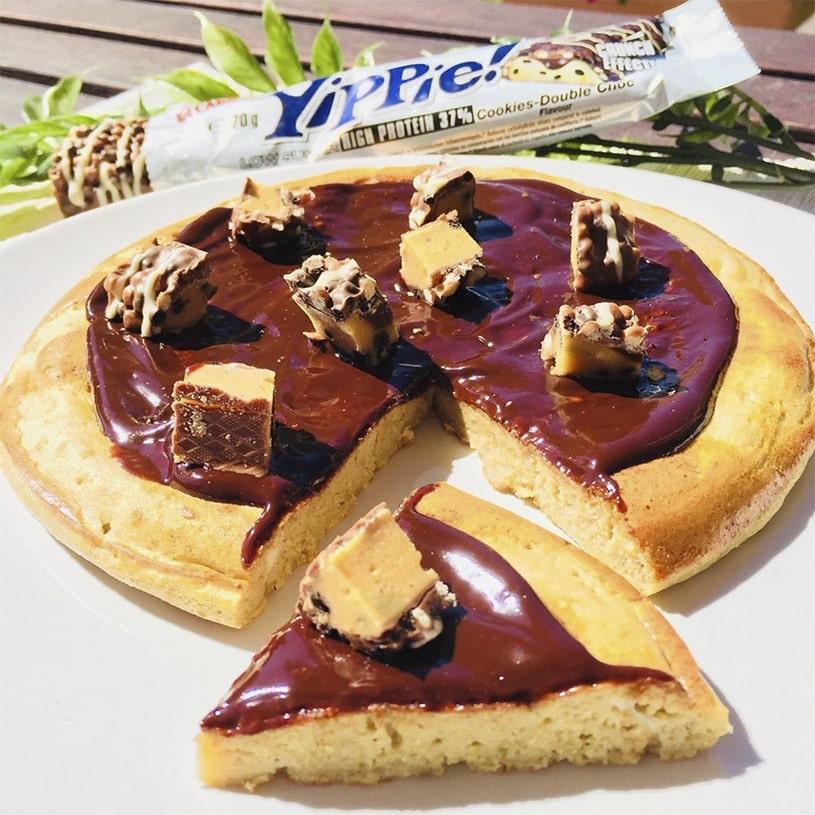 Receta de Tortita de Avena con Chocolate y Barrita Proteica sabor Cookies