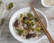 Tallarines de arroz con kale crujiente2