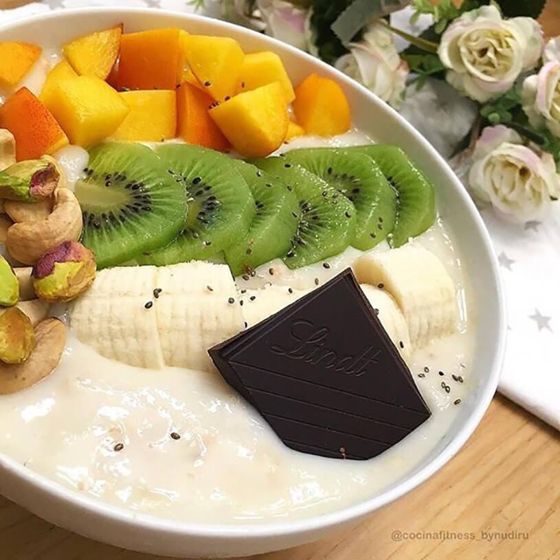 Porridge con fruta
