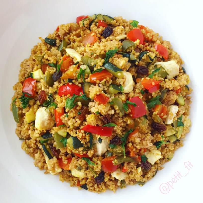 Cous cous de espelta con pollo, verduras y pasas sultanas