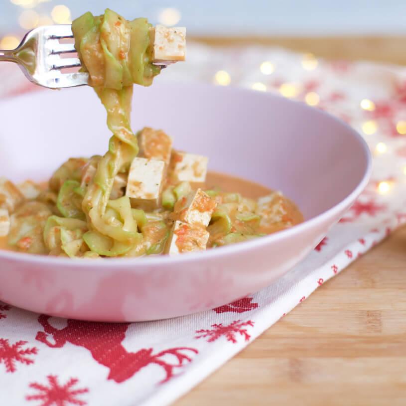 Receta de Tallarines de calabacín en salsa vegetal