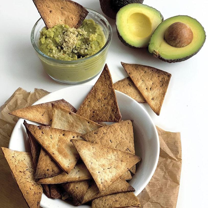 Receta de Triángulos de Chia y Quinoa con Guacamole