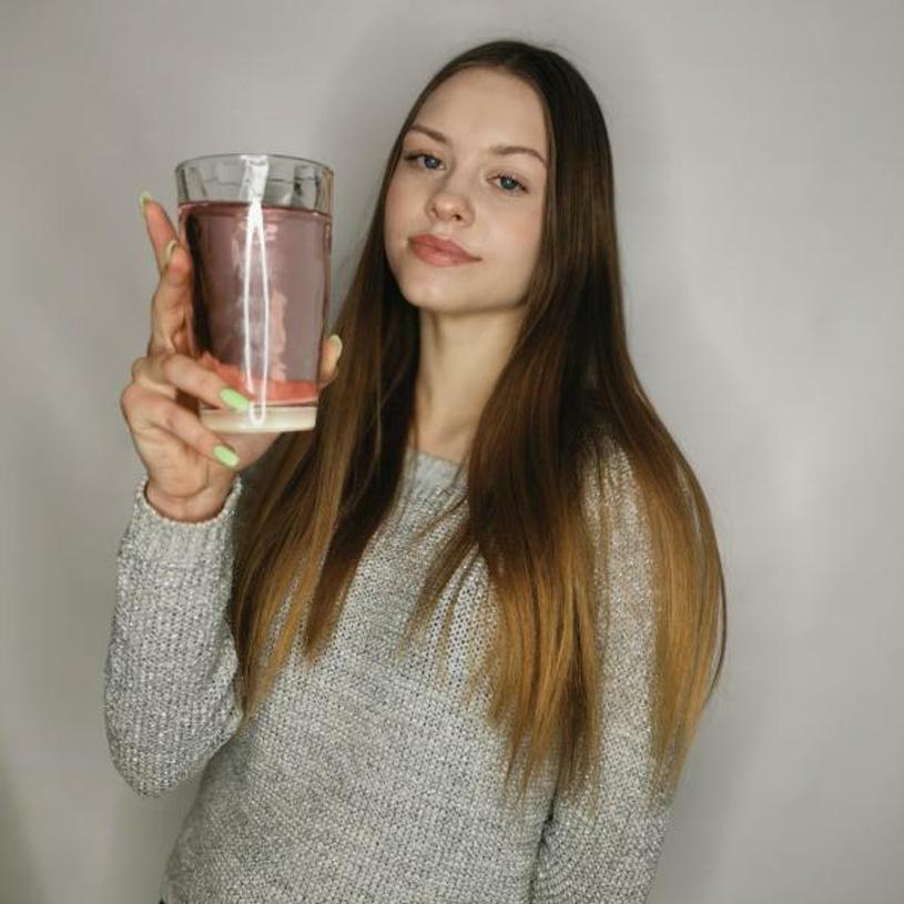 Qué puedo hacer para beber más agua