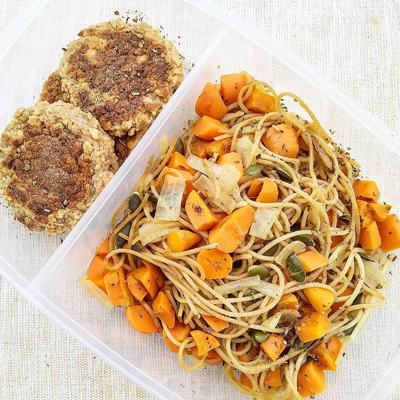 Receta de Burger Vegana y Espaguetis con Verduras