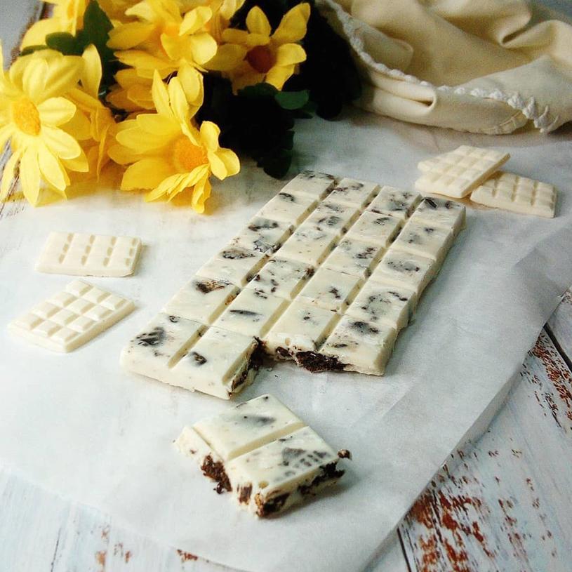 Receta de Chocolate Blanco con Oreo