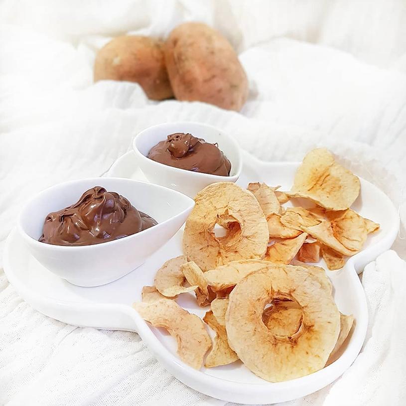 Receta de Mousse de cacao con manzana deshidratada