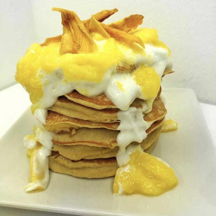 Receta de Pancakes de Mango y Coco