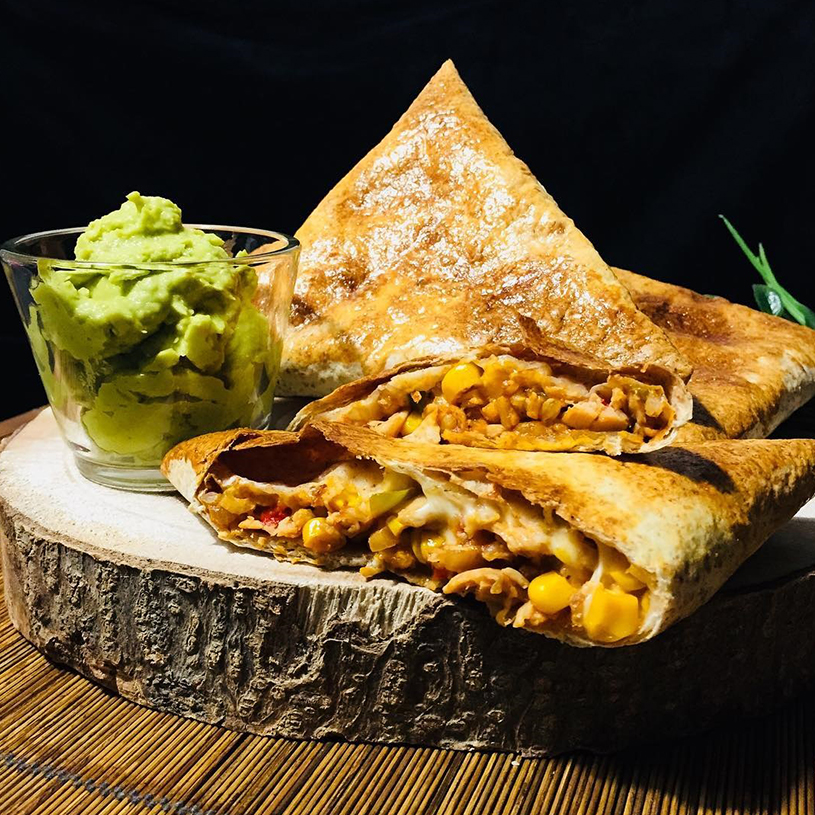 Receta de Triangulos rellenos con pollo y guacamole